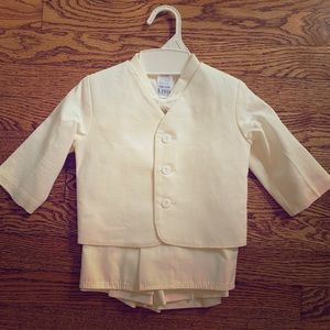 Toddler ivory shorts tuxedo